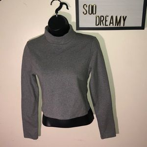 FOREVER21 Knit Long Sleeve Gray TurtleNeck CropTop